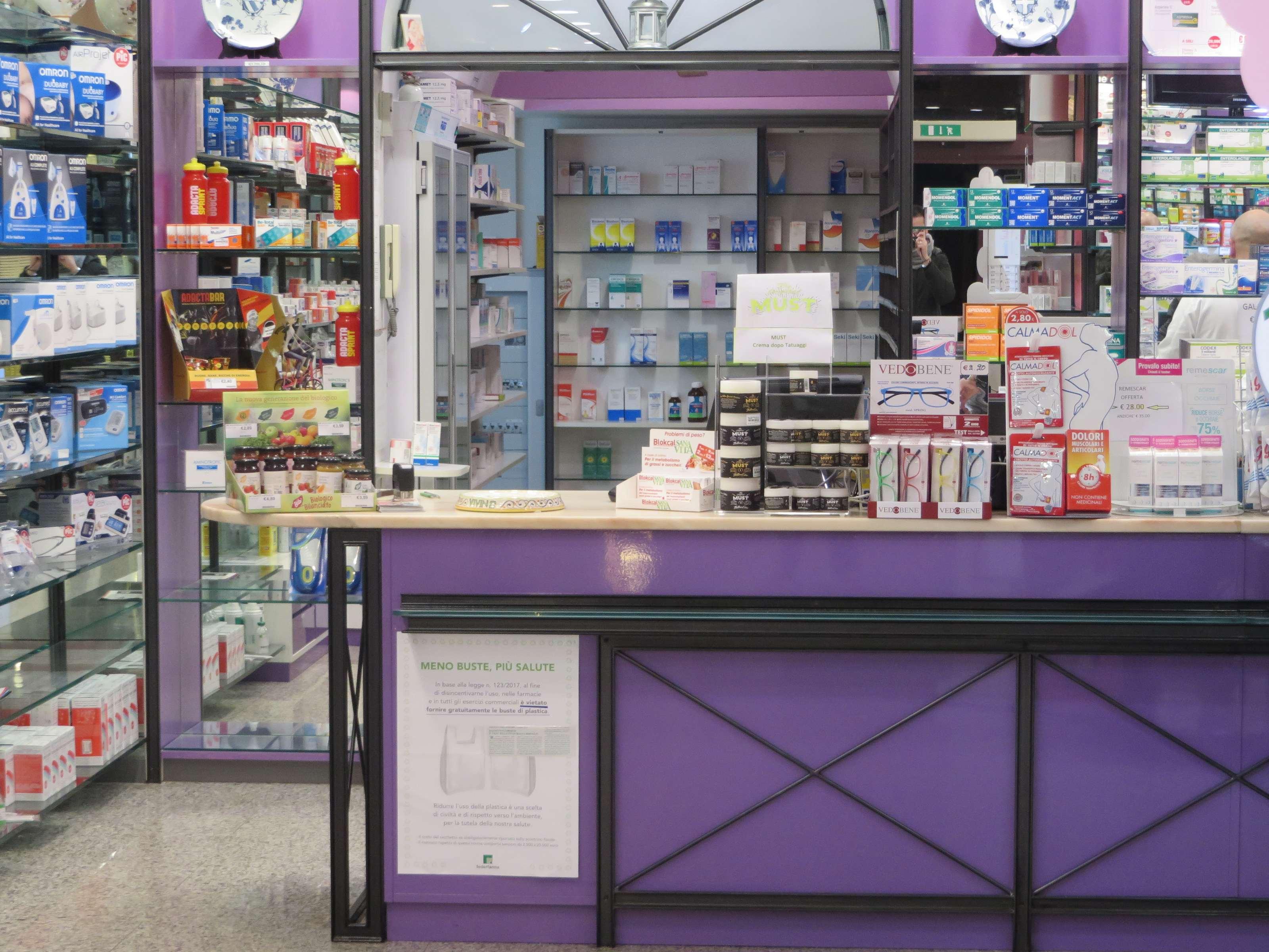farmacia-delogu-sassari-viale-italia-chi-siamo09
