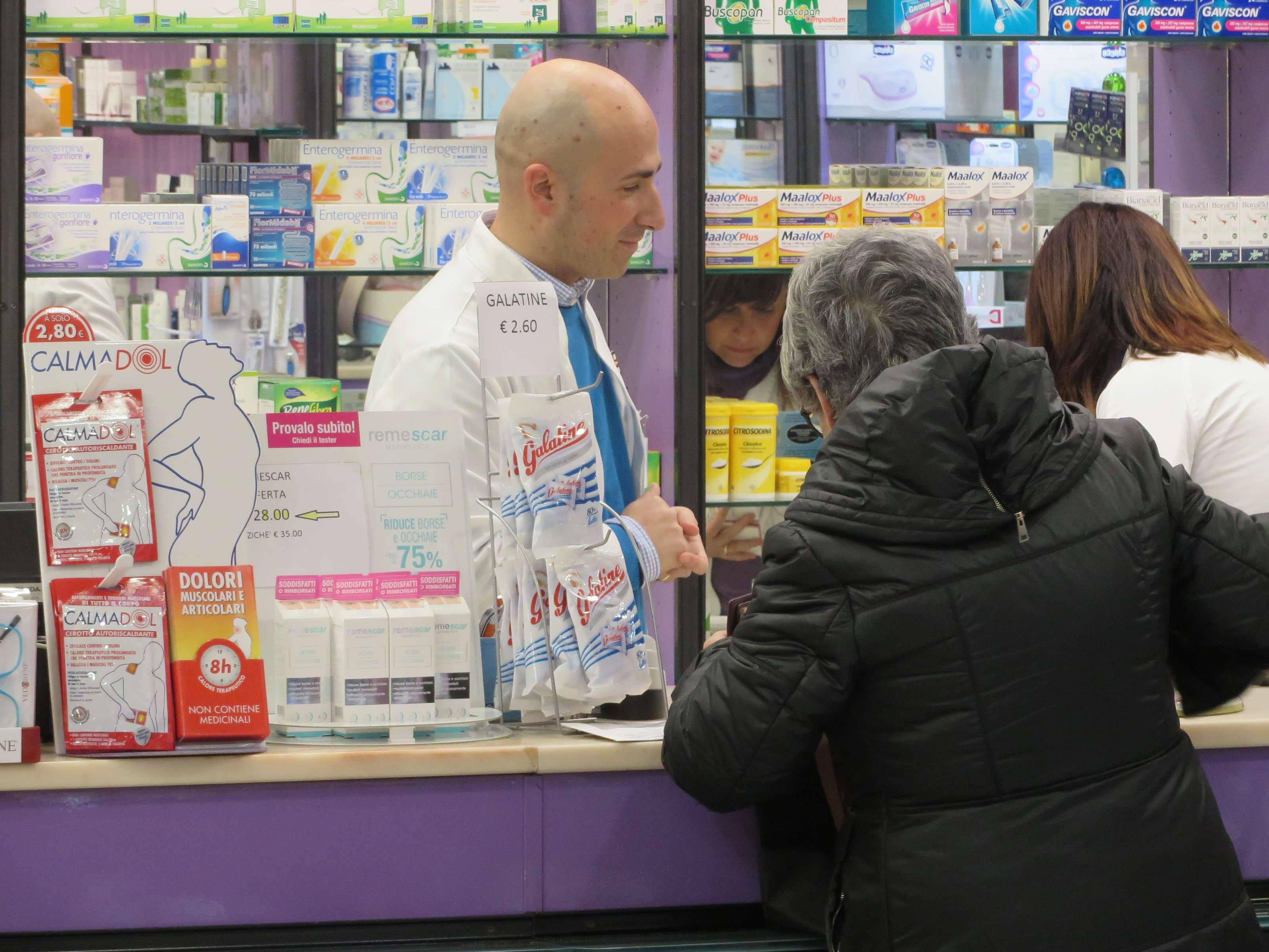 farmacia-delogu-sassari-viale-italia-chi-siamo11