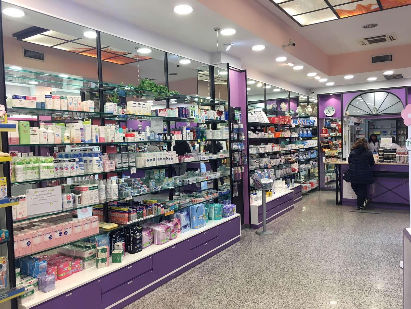farmacia-delogu-sassari-viale-italia-chi-siamo31