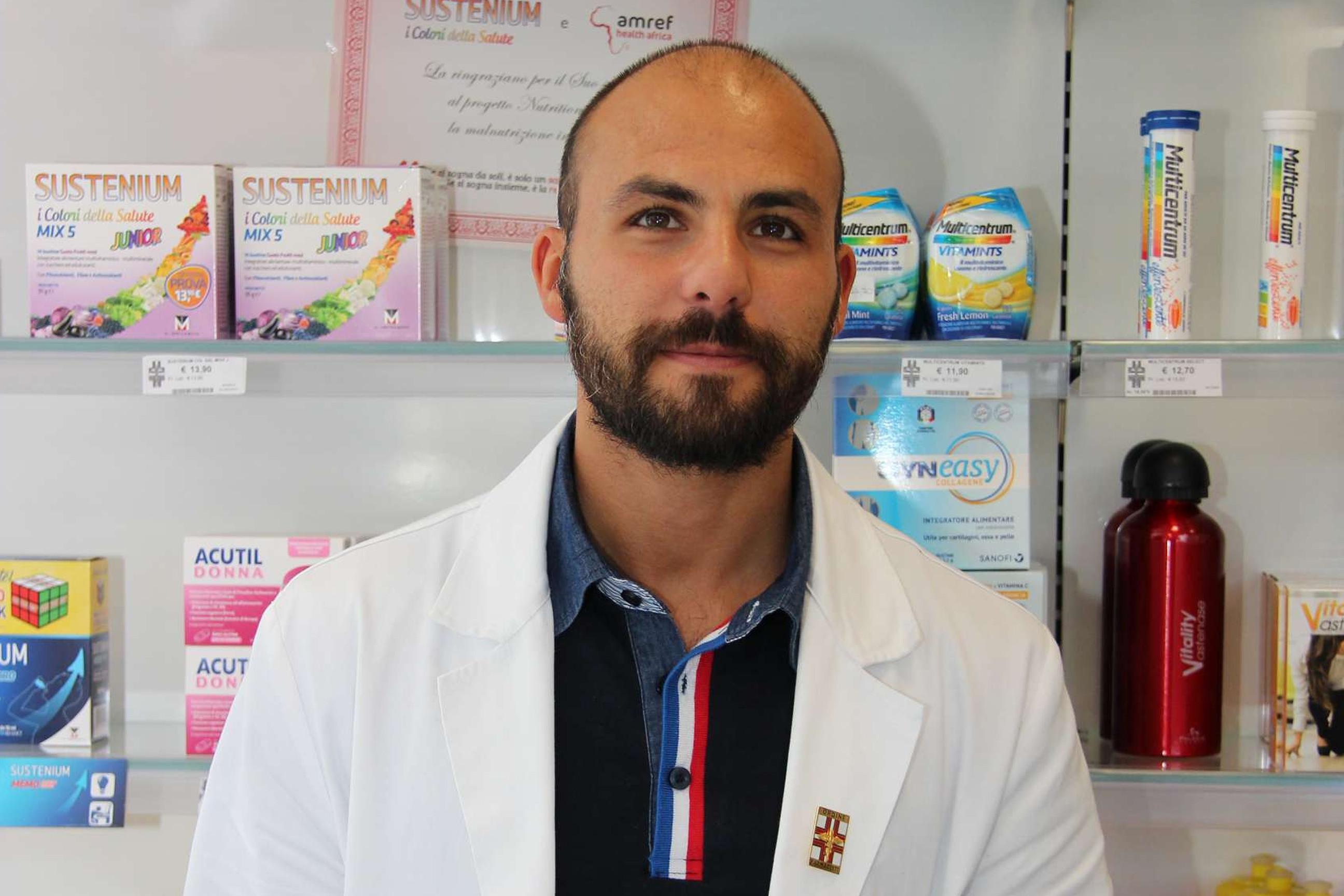 farmacia-delogu-sassari-lattedolce-turno-staff