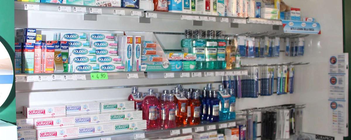 Igiene orale consigli utili farmacia delogu sassari - Lo specchio dei desideri sassari ...